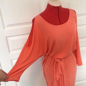 Boston Proper Dresses - NWT Boston Proper cold shoulder dress size XS